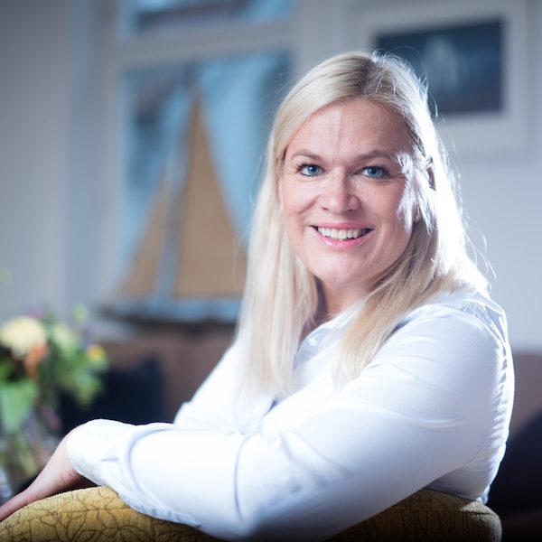 Advokatfirmaet Knutsen & Hoel, advokat Anne Hoel